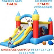 Noleggio Gonfiabile Mini Percorso. Il Mini Percorso è ricco di attività e giochi per tutti i gusti: doppio scivolo di medie dimensioni, due tunnel preceduti dal salto agli ostacoli, canestro, arrampicata e saltarello.